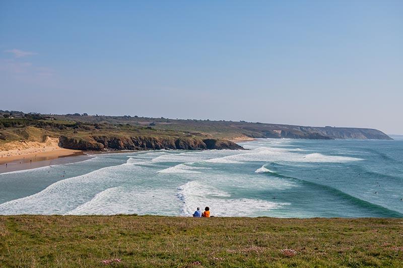 Photographie paysage juste nous deux un couple devant la mer et une superbe vue