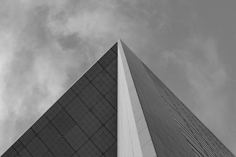 Pyramide 800x533